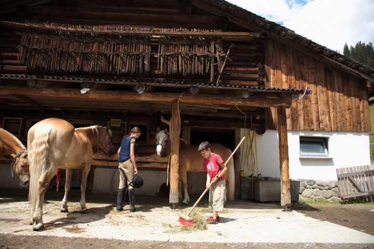 Reiten, Reithotel Mateera, Gargellen, Montafon, Vorarlberg, Österreich
