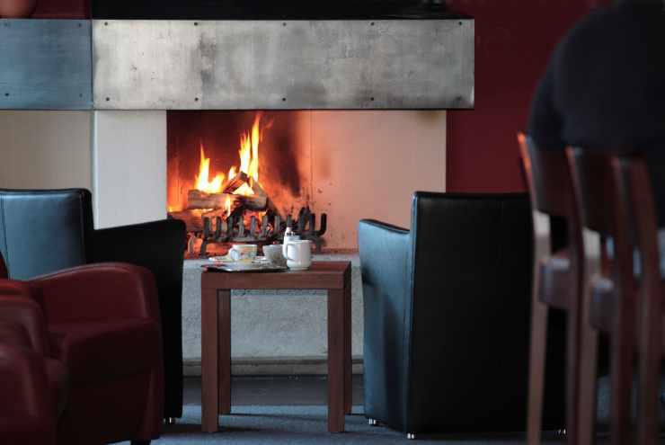Hotel Mateera, offener Kamin, Winterurlaub, Familienhotel Mateera, Gargellen, Montafon, Vorarlberg, Österreich