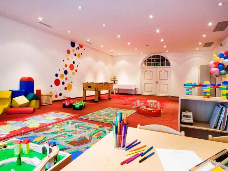 Kinderspielzimmer im Familienhotel