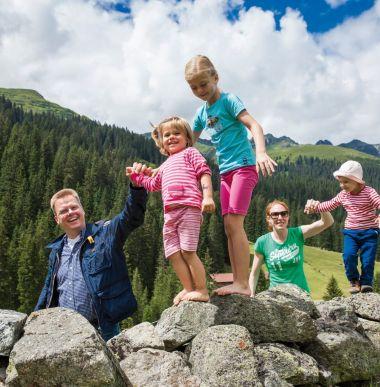 Sommerurlaub, Familienurlaub in den Bergen, Vorarlberg