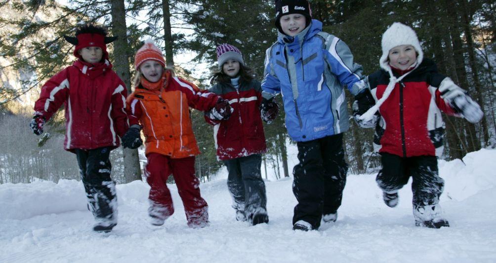 Kinderbetreuung im Winterurlaub, Winterferien in Österreich